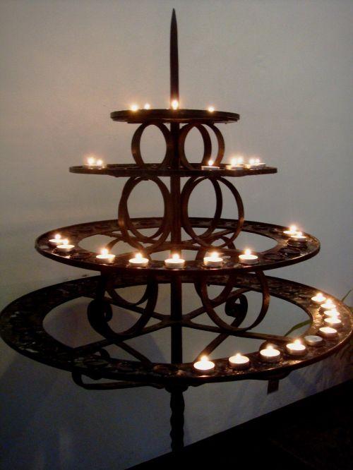 candles church slightly