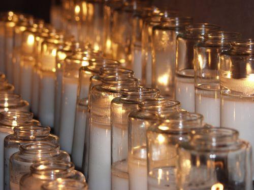 candles prayer glowing