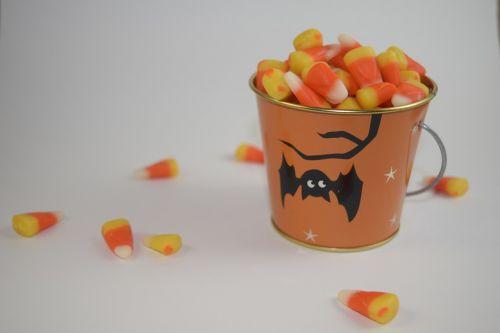candy corn bucket candy