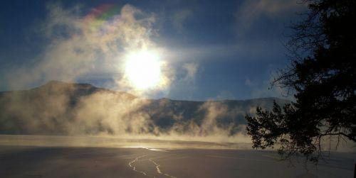 canim lake winter early morning