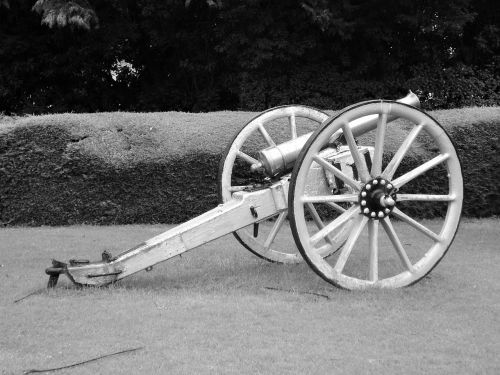 cannon war military