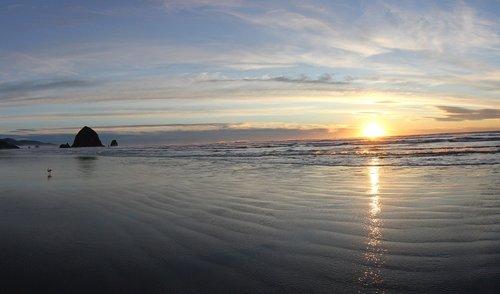 cannon  beach  ocean