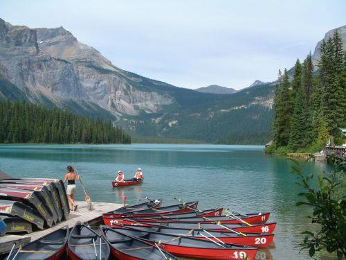 canoeing rockies canada