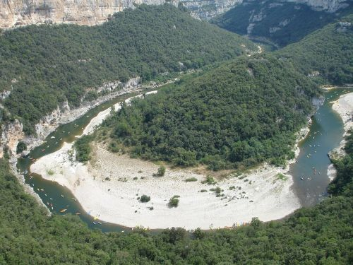 canoeist,canoeing,paddle,paddler,boot,water,river,holiday,ardeche,france,cirque de la madeleine,landscape,nature