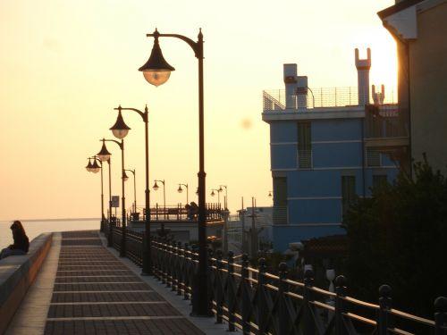 caorle ve,saulė,saulėlydis,atmosfera,jūra,saulės spinduliai,horizontas