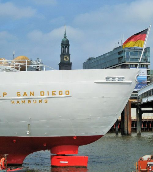 cap san diego michel ship rear