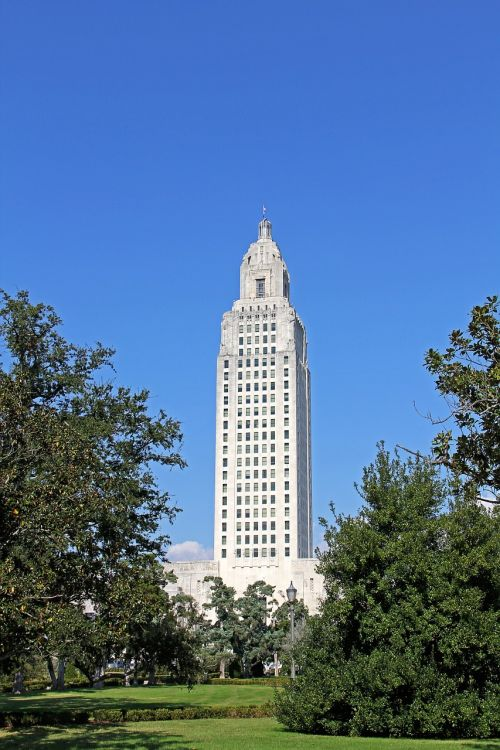 capitol building louisiana