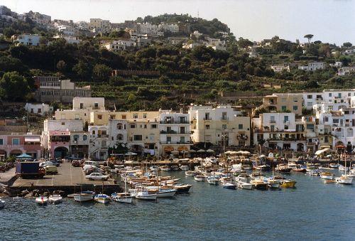 capri island touring