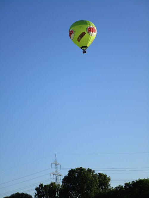 captive balloon fly sky