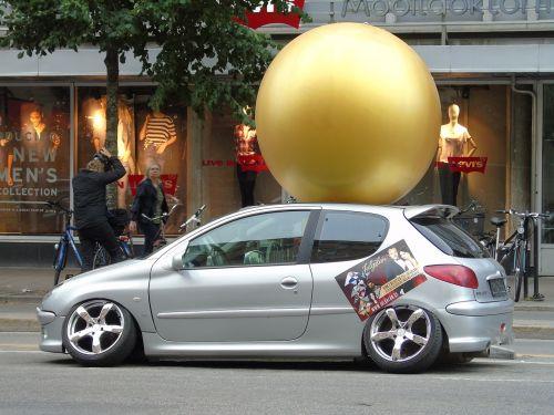 peugeot wheel out car
