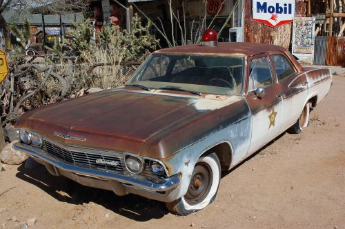 automobilis,senovinis automobilis,senas,sunkvežimis,automobiliai,oksidas,transporto priemonė,metalinis,amerikietiškas automobilis,automobilis,rusvas,policijos automobilis,maršrutas 66