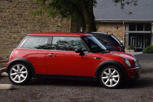 car mini red