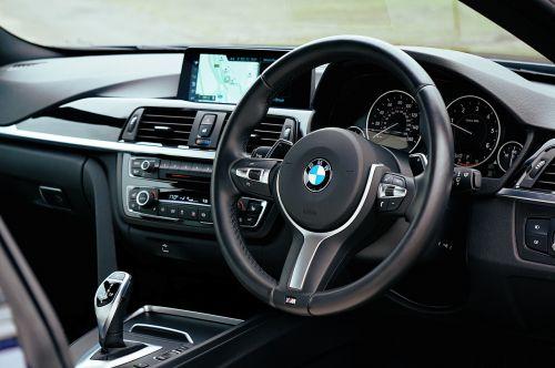 car dashboard steering wheel