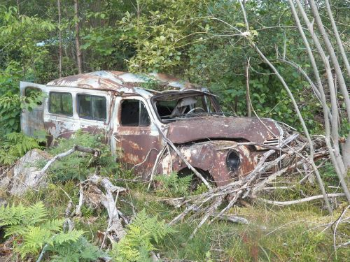 car junk rust