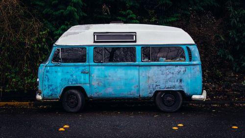 car small bus