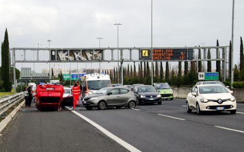 car accident clash rome