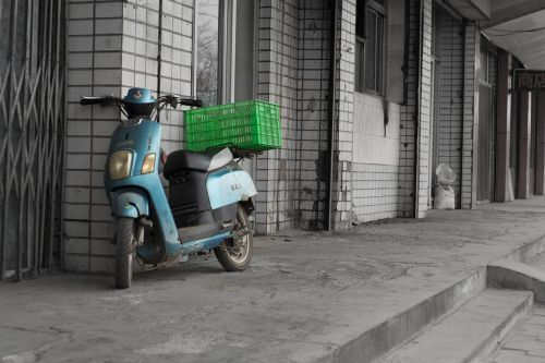 car battery delivery basket