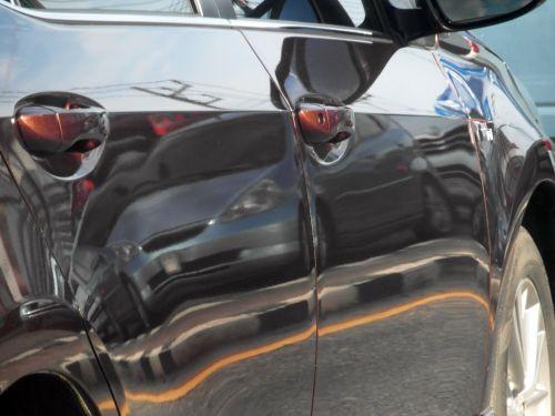 Car Reflection Of Traffic