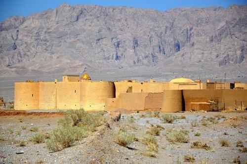 caravanserai  desert  landscape