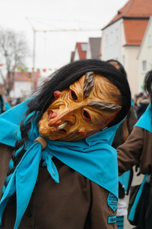 carnival mask the witch