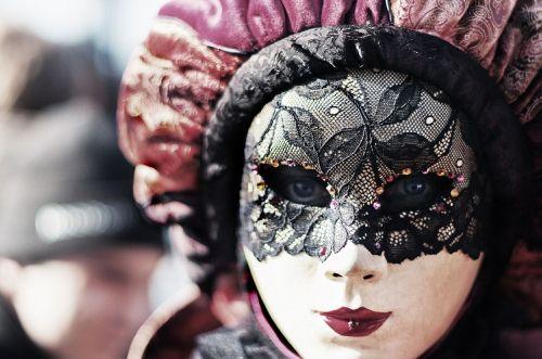 carnival venice eyes