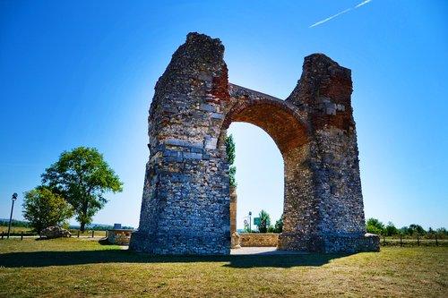 carnuntum heidentor  roman times  ancient times