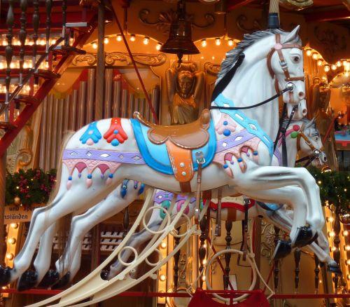 carousel amuse decoration