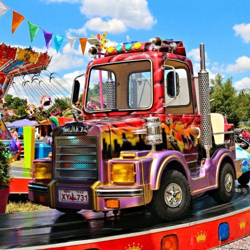 carousel folk festival oktoberfest