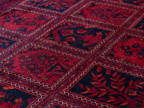 carpet red tying
