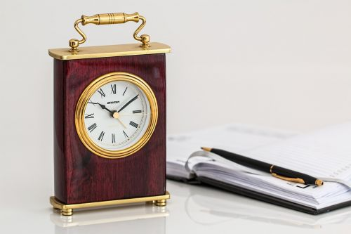 carriage clock timepiece time