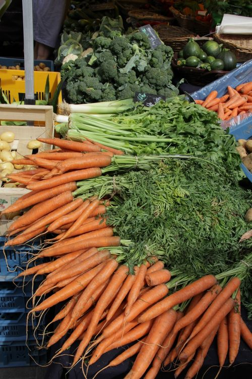carrot broccoli market