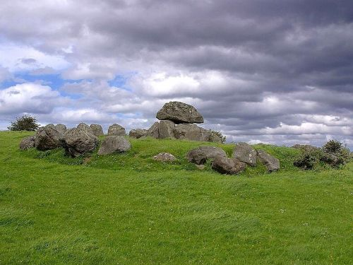 carrowmore tombs one