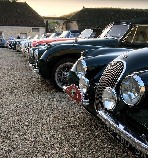 cars  castle  burgundy