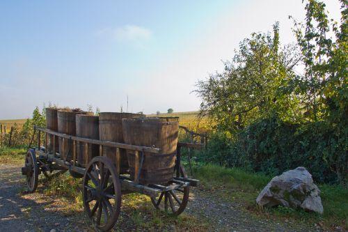 cart winemaker winegrowing