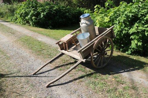 cart  milk cart  lypsyrattaat