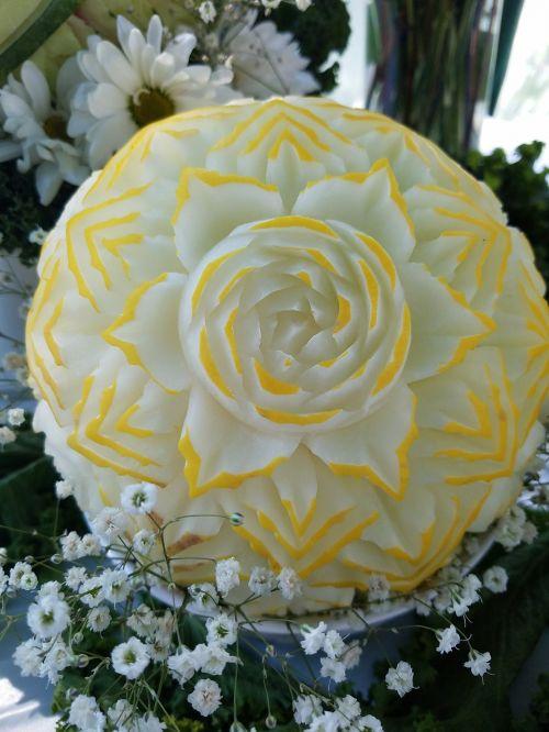 carved golden honeydew diy wedding idea fruit carving