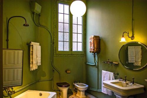 casa mila gaudi bathroom