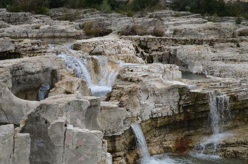 cascades france water