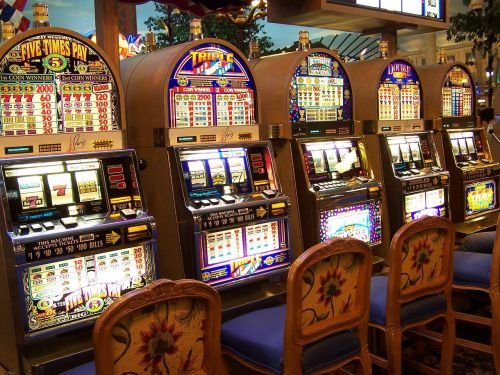 casino slot machine gambling