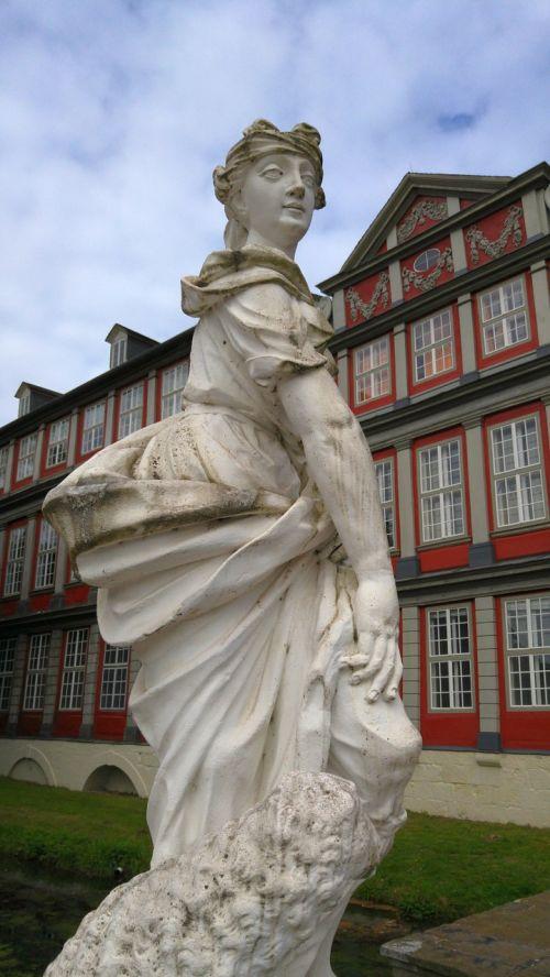 castle wolfenbüttel stone figures