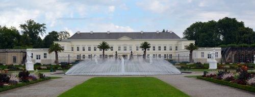 castle panorama fountain