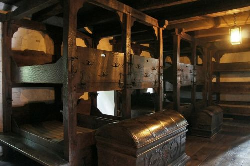 castle dormitory middle ages