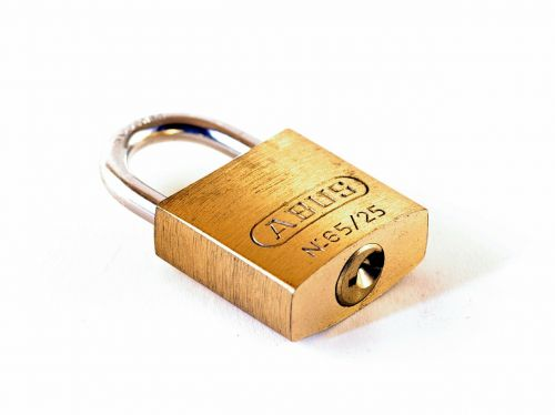 castle padlock capping