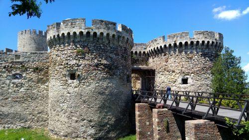 castle serbia date