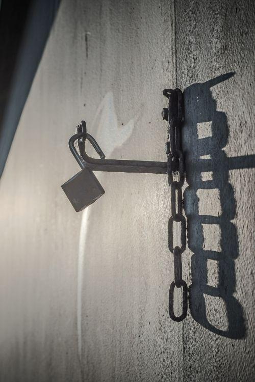 castle key padlock