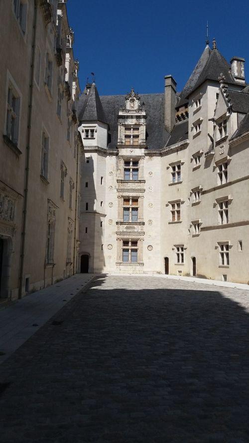 castle pau france
