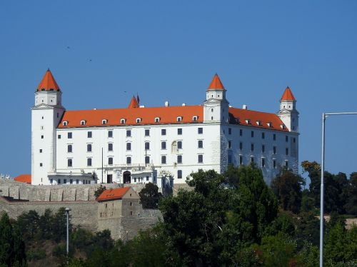 castle bratislava monument