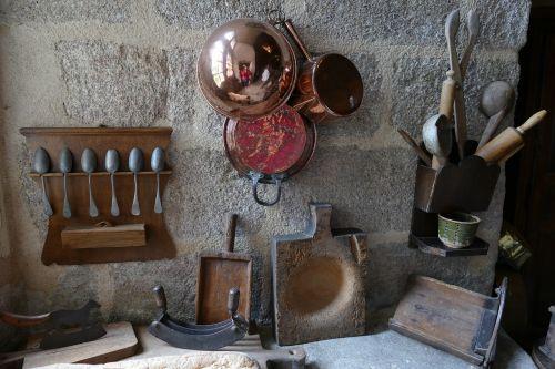 castle kitchen antique