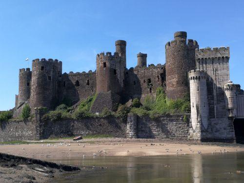 castle wales conway