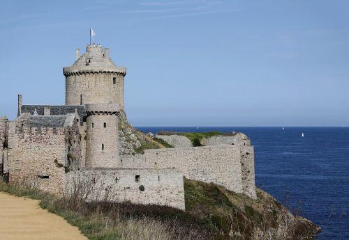 castle,ocean,atlantic,architecture,france